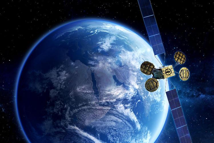 Sztuczny satelita Eutelsat 8 West B