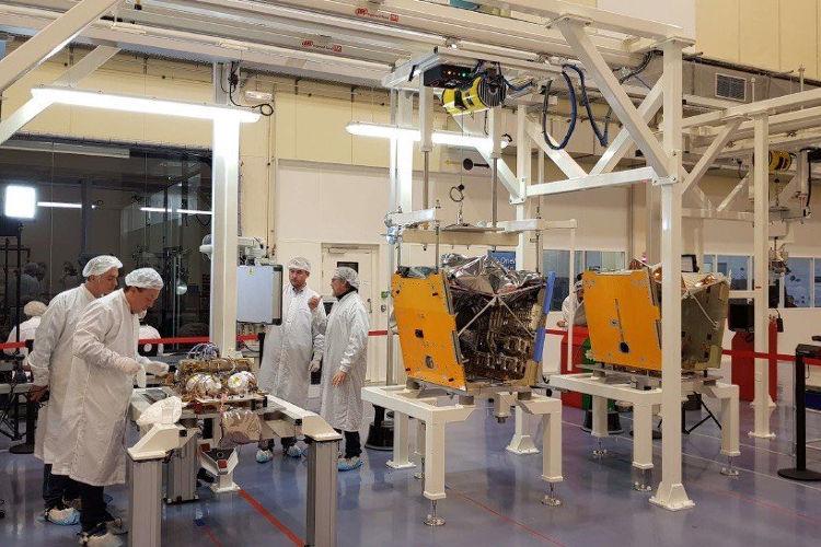 Pierwsze satelity systemu OneWeb