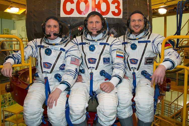 Załoga Sojuza MS-09