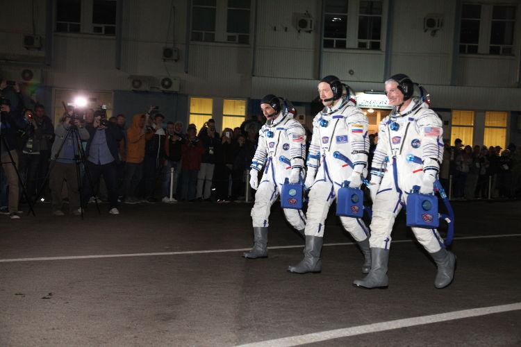 Załoga Sojuza MS-06
